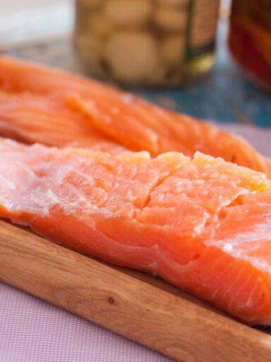 Засолювання лосося з лимоном