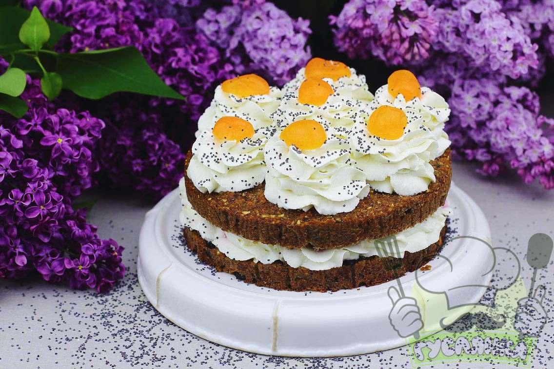 Дієтичний морквяний торт у домашніх умовах