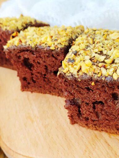 Вологий шоколадний пиріг на кефірі