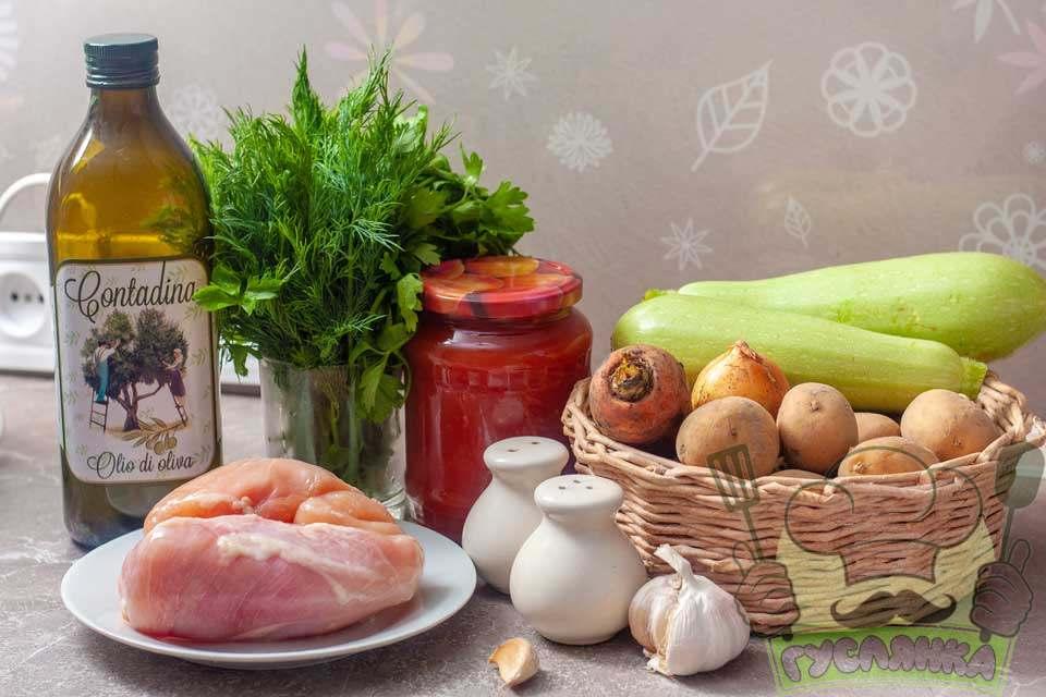 для приготування овочевого рагу з кабачків з курячим філе в мультиварці мені потрібні такі інгредієнти