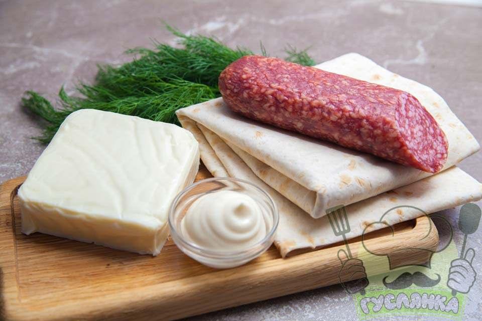 для приготування трикутників з лаваша з сиром та ковбасою мені потрібні такі продукти
