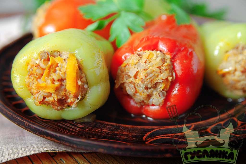 Простий рецепт приготування фаршированого перцю з гречкою і фаршем